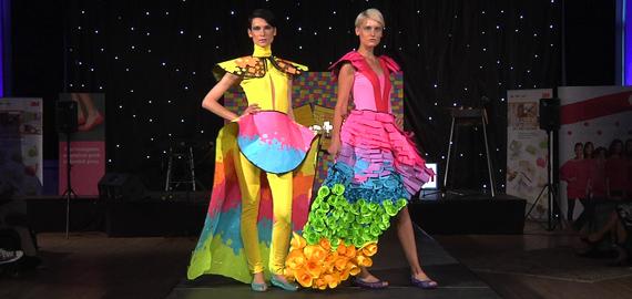 3M (Ogilvy): Záznam z módní přehlídky modelů z Post-it nálepek