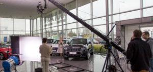 Natáčení reklamy pro AAA Auto s kamerovým jeřábem